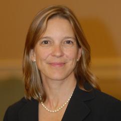 Dr Lucie Bruijn